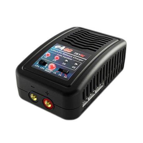 Carregador Inteligente para Bateria LIPO/LIFE e4 (2-4S) (SKYRC)